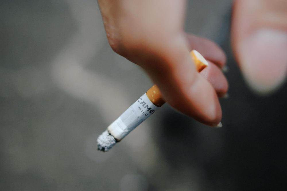 タバコ 日の丸構図