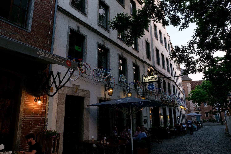 ドイツ デュッセルドルフ お店