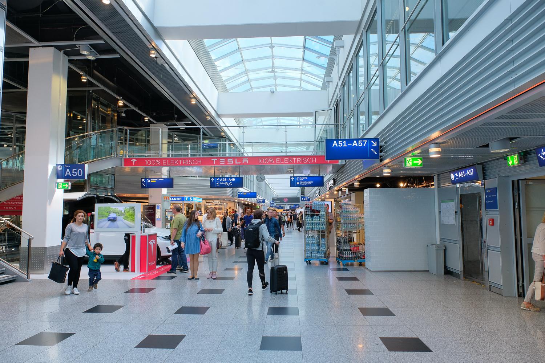 ドイツ デュッセルドルフ 空港
