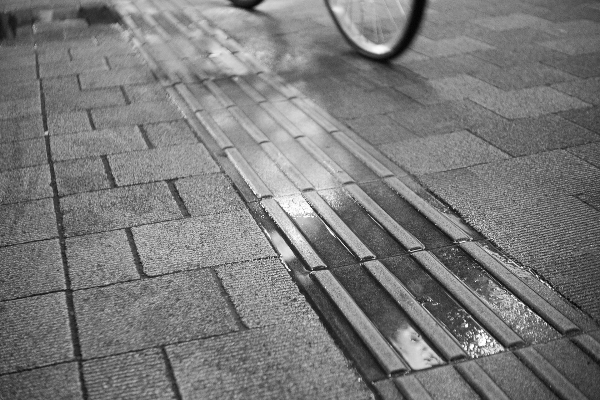 路上 水たまり SONY α7ⅱ, Industar-50 5cm F3.5