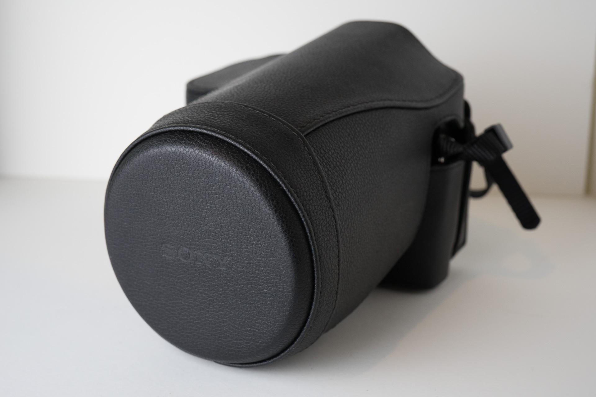Vario‑Tessar T* FE 24-70mm F4 ZA OSS 純正ケース
