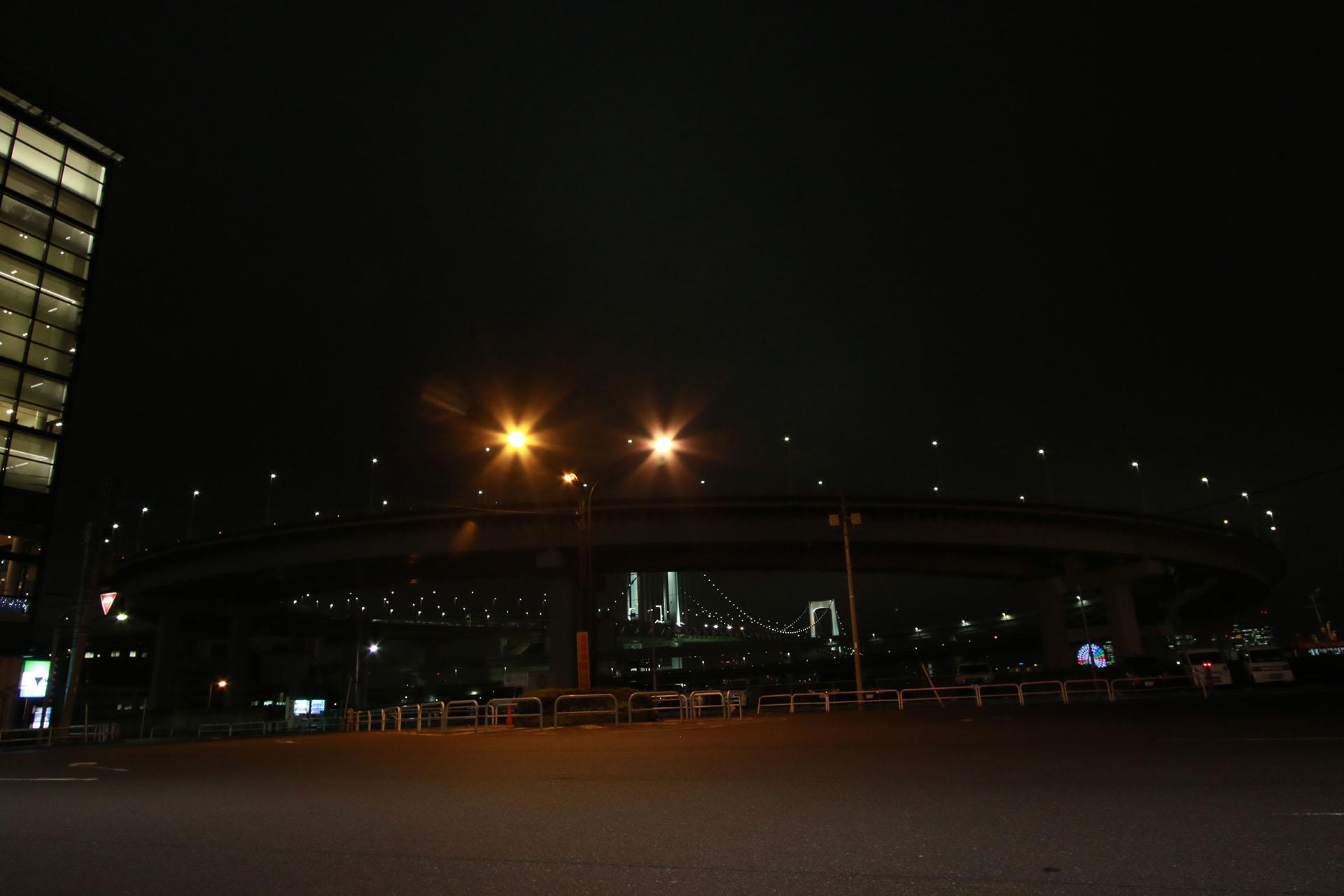 首都高 レインボーブリッジ 芝浦ふ頭
