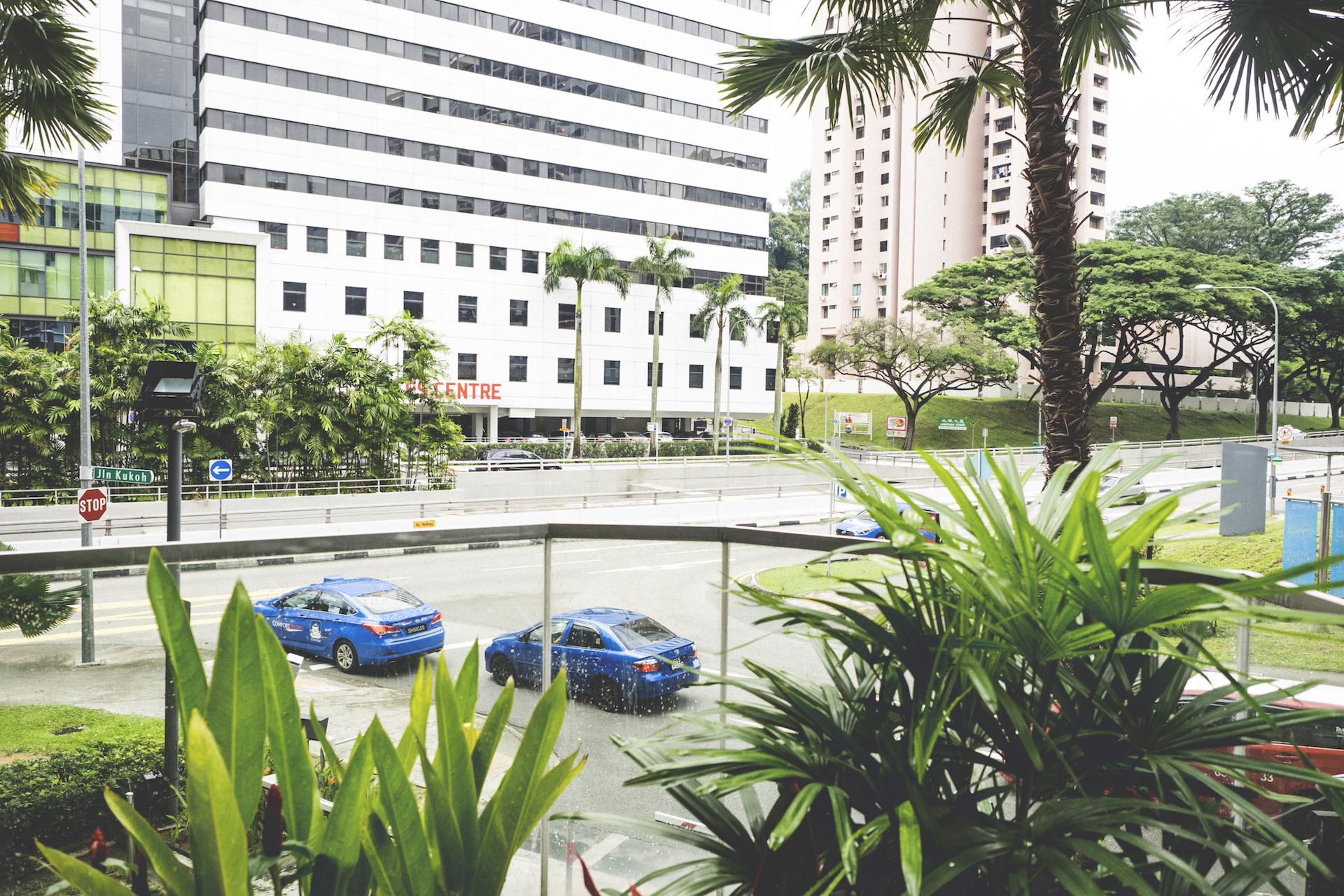 OLYMPUS OM-D E-M1 M.ZUIKO DIGITAL ED 12-40mm F2.8 PRO シンガポール