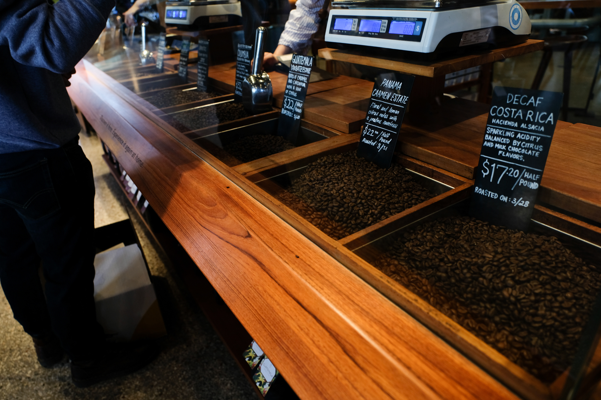 Starbucks Reserve Roastery and Tasting Room  スターバックス リザーブ・ロースタリー&テイスティング・ルーム X-Pro2+XF16-55mmF2.8 R LM WR