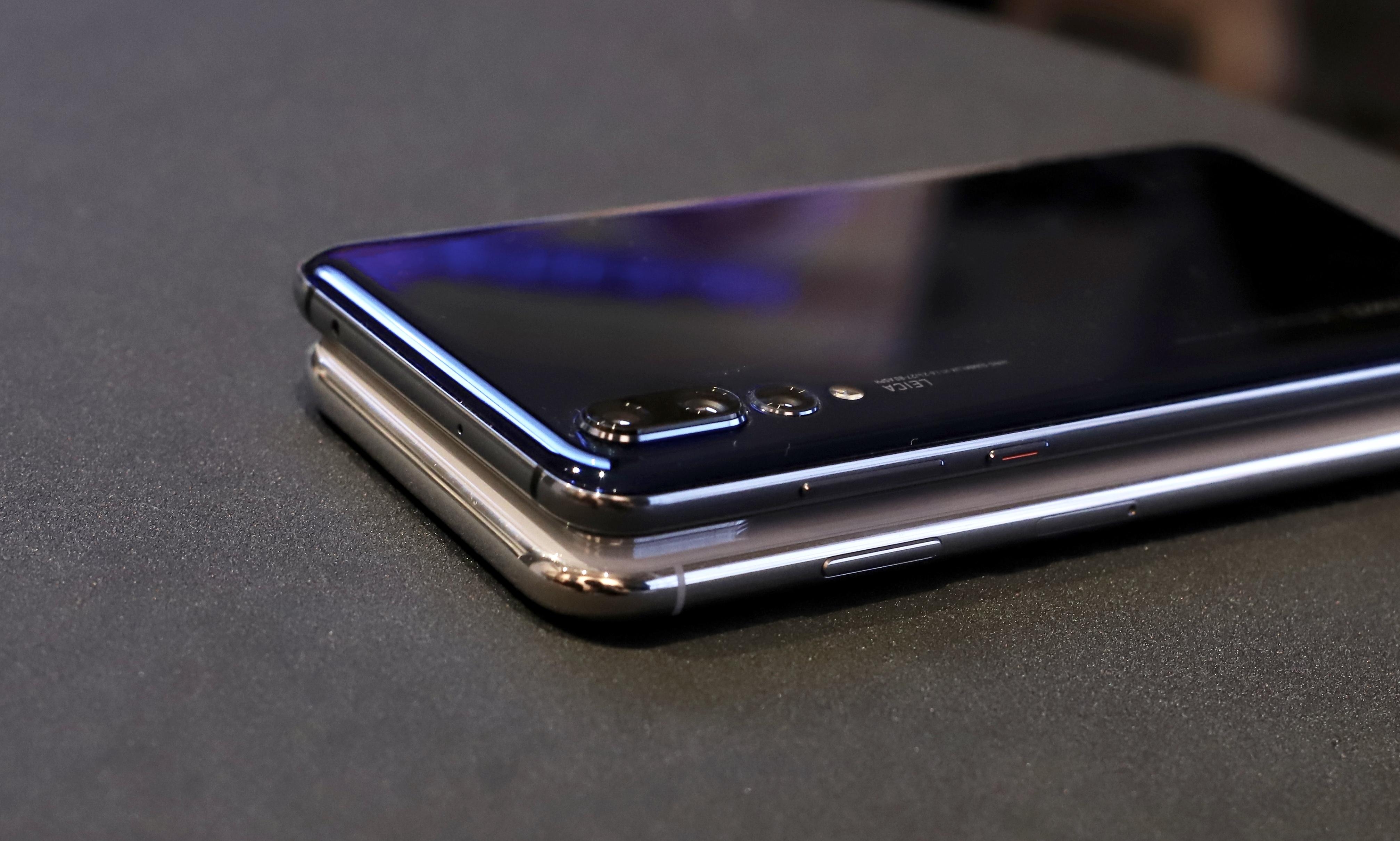 HUAWEI P20 Pro iPhoneX 比較