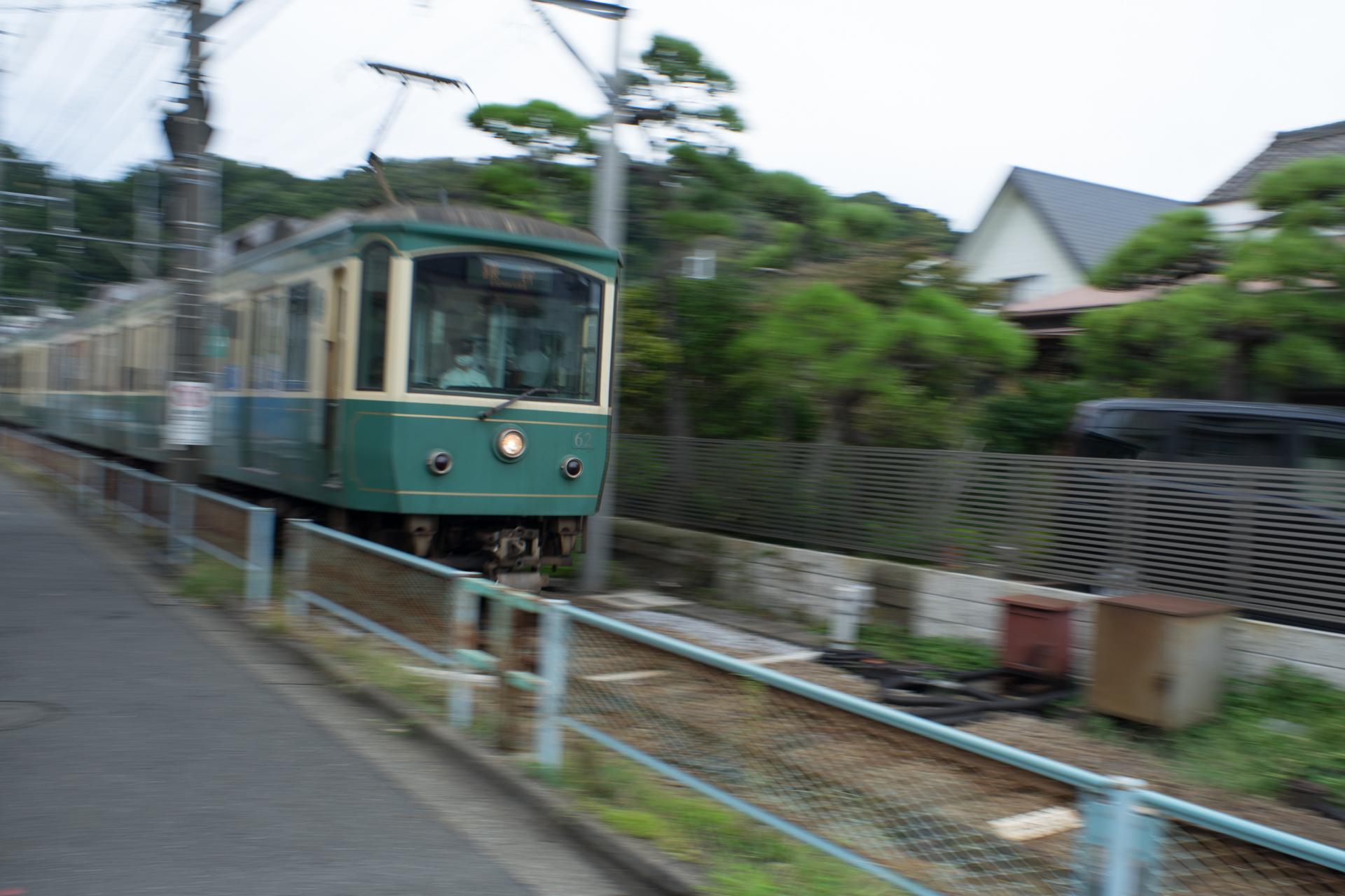 江ノ電 鎌倉 SONY α7ⅱ, Super-Multi-Coated TAKUMAR 28mm F3.5