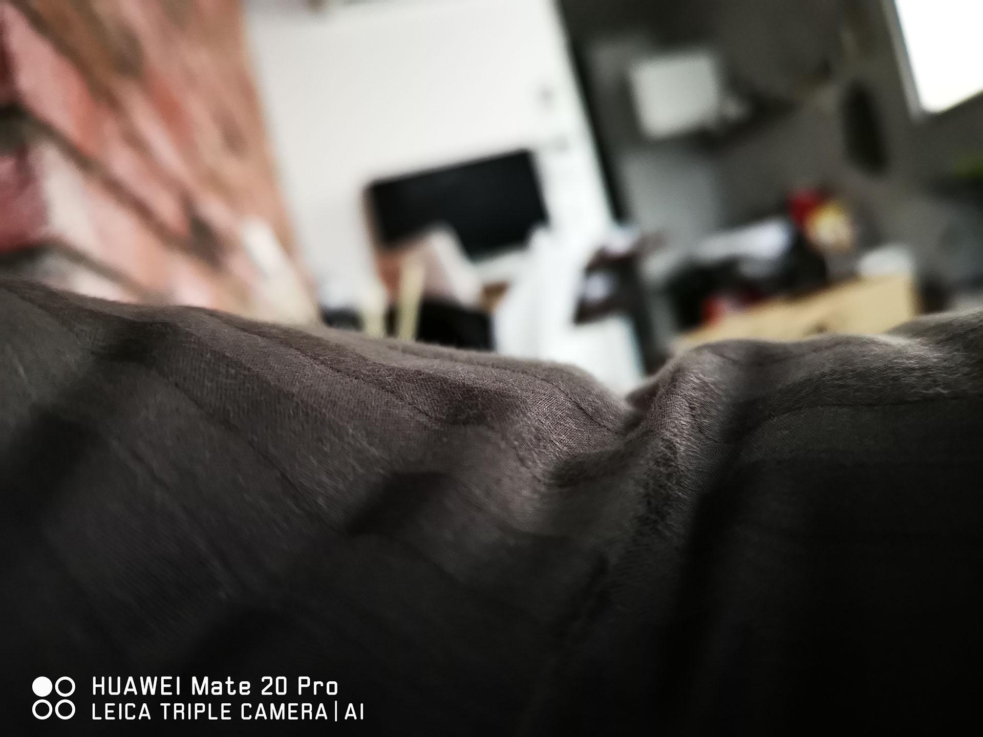 HUAWEI Mate20 Pro 作例